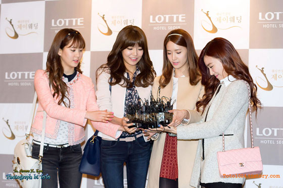 Girls Generation at Wonder Girls Sunye wedding