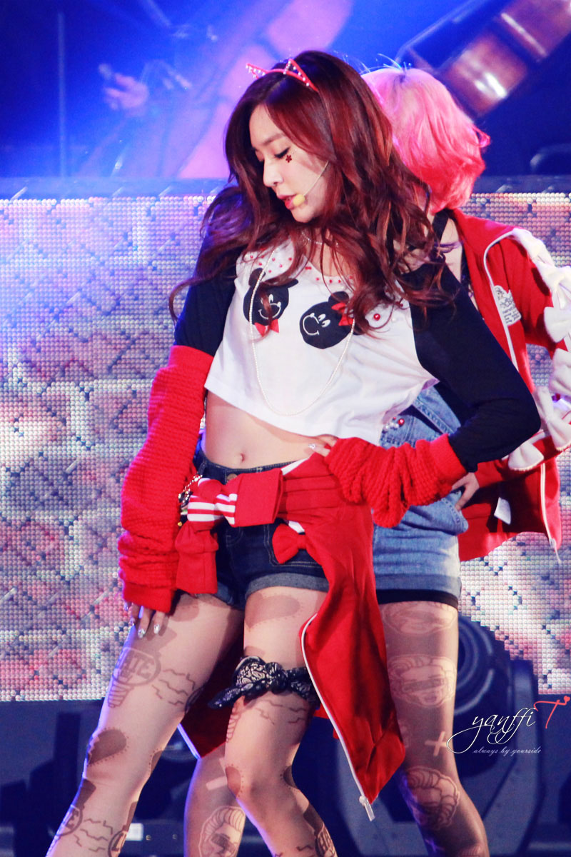 Snsd Tiffany KBS Hope Concert 2013