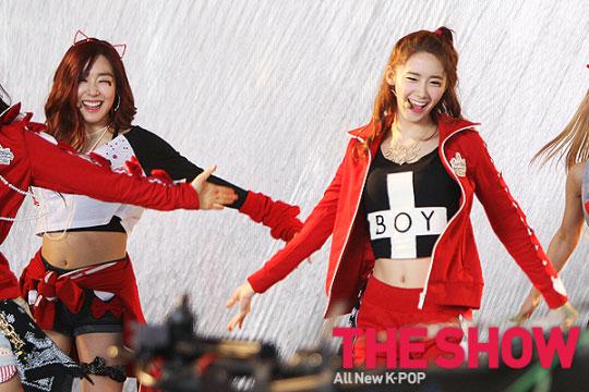 Snsd Tiffany Yoona MTV The Show