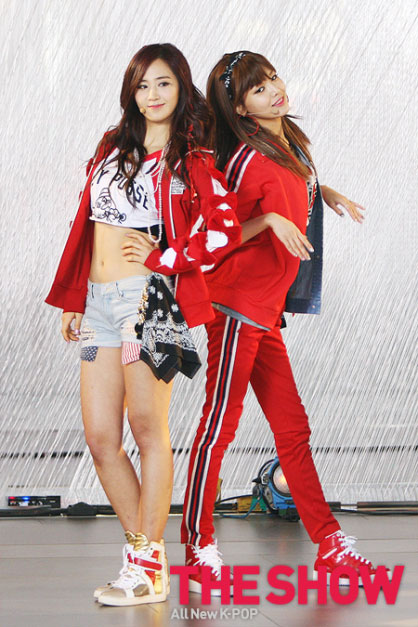 Snsd Yuri Sooyoung MTV The Show