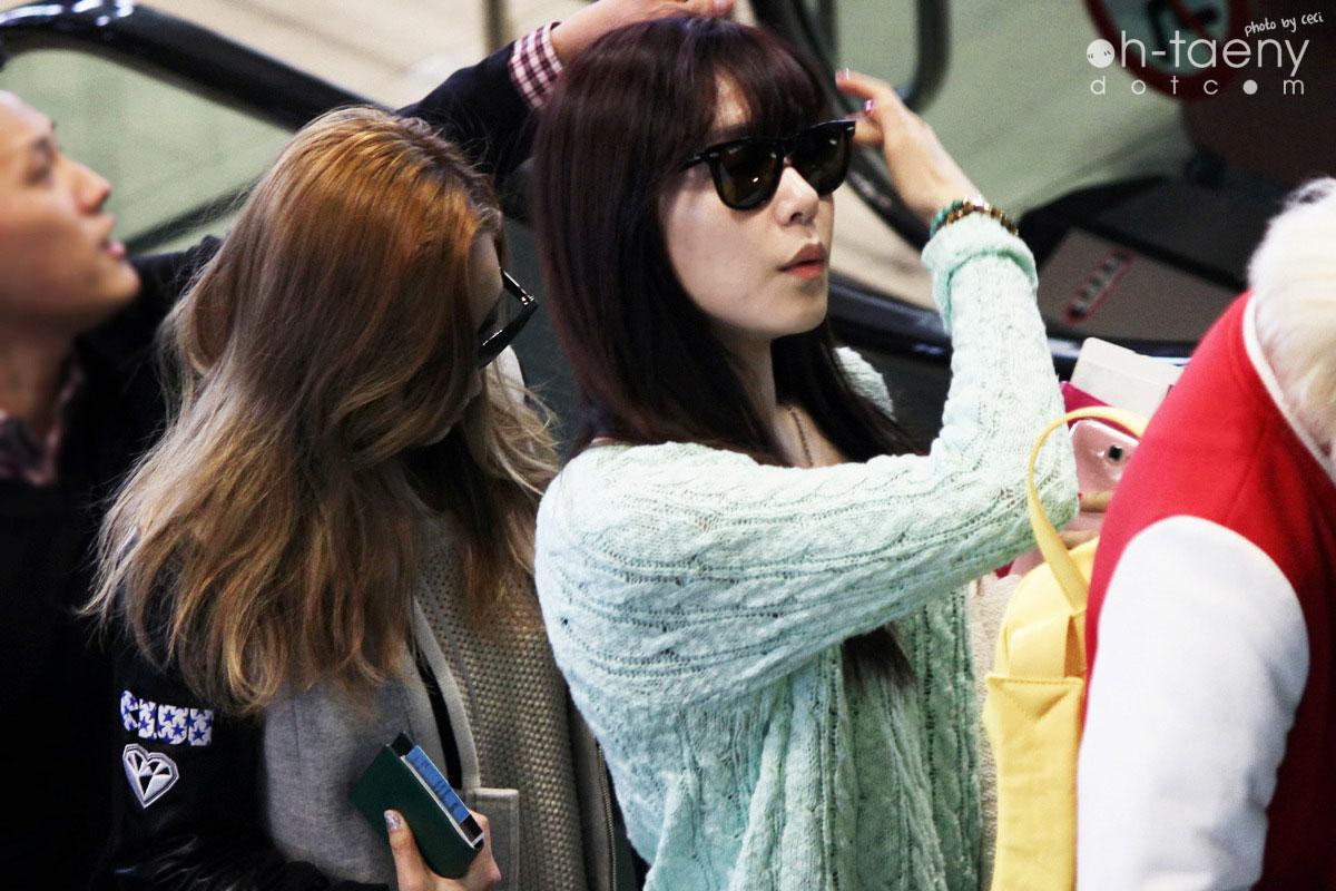 Taeyeon & Tiffany Gimpo Airport 130325