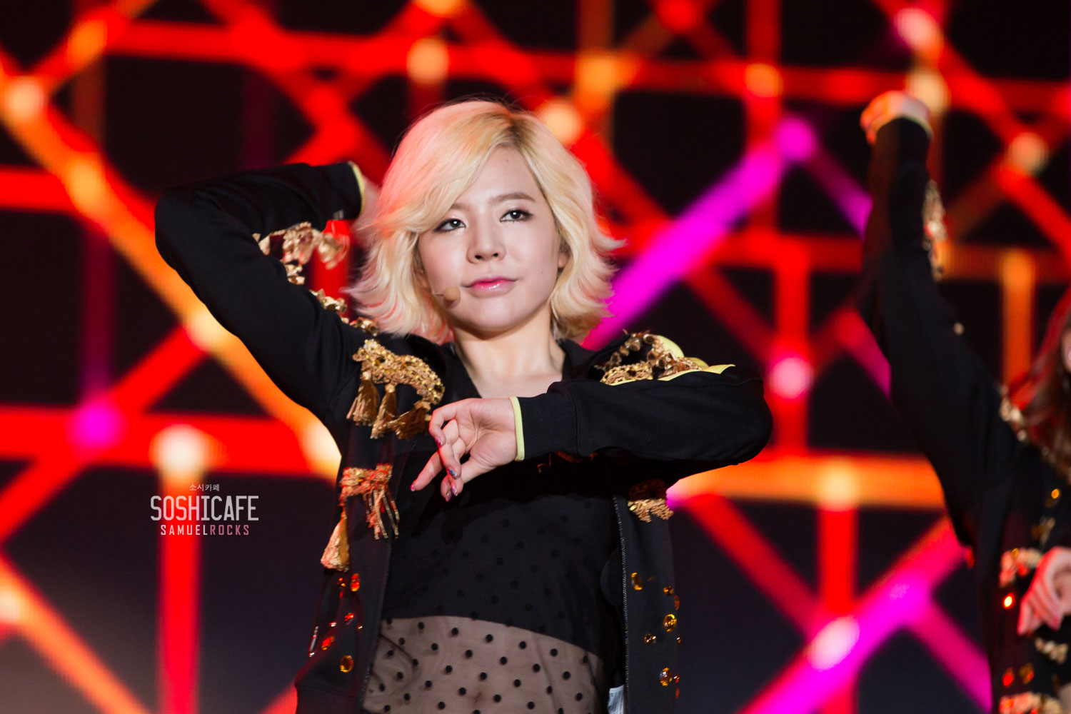 Sunny @ Super Joint Concert in Thailand