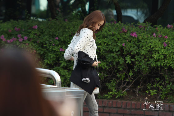SNSD Yoona leaving Music Bank