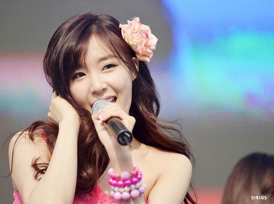 SNSD Tiffany Kyungbock High School Festival 2013