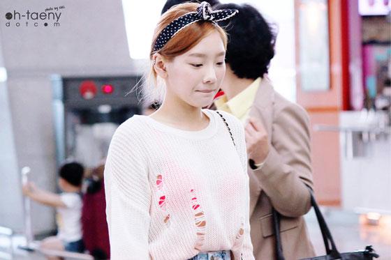 SNSD Taeyeon Incheon Airport see through fashion