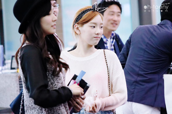 SNSD TaeNy Incheon Airport see through fashion