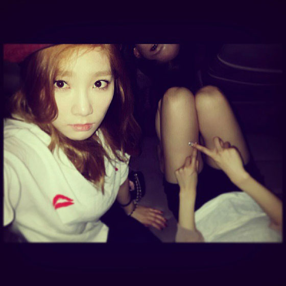 SNSD Taeyeon Tiffany Yoona candid selca