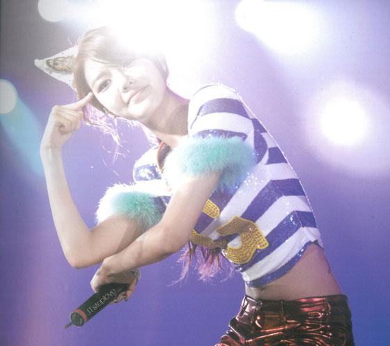 Sooyoung 2011 Girls Generation Tour photobook