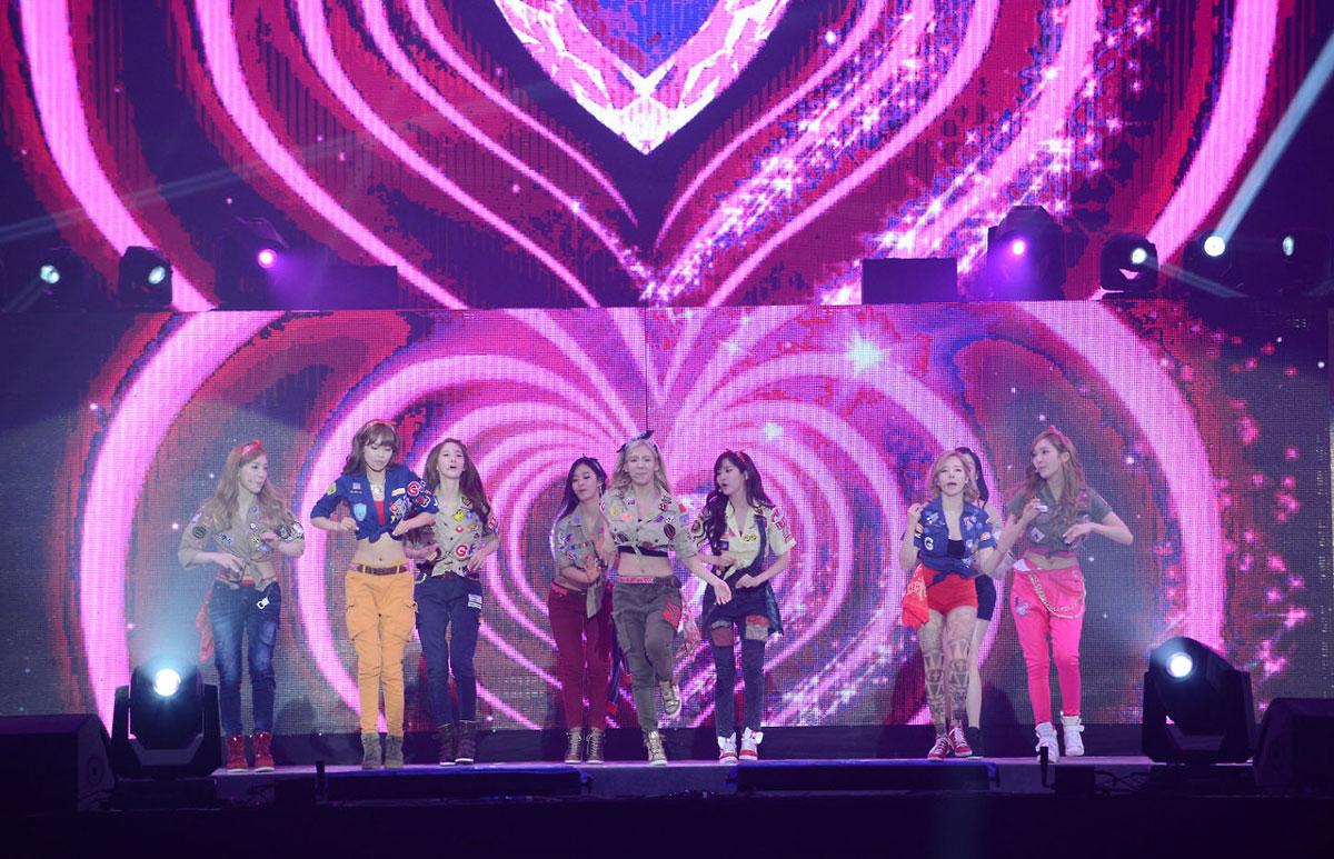 SNSD Korea-China Music Festival 2013