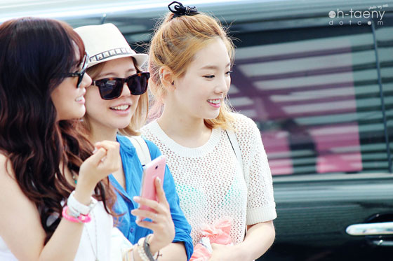 SNSD Taeyeon Incheon Airport to Singapore