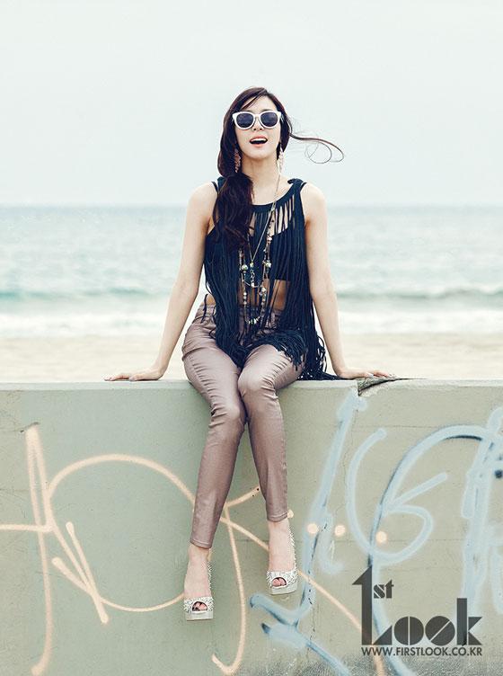 SNSD Tiffany 1st Look California