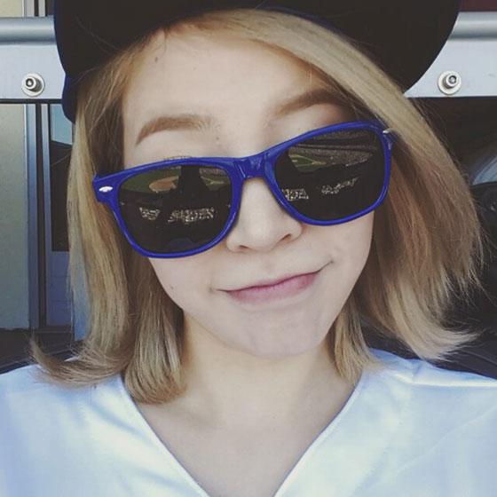 SNSD Sunny sunglasses Instagram selca