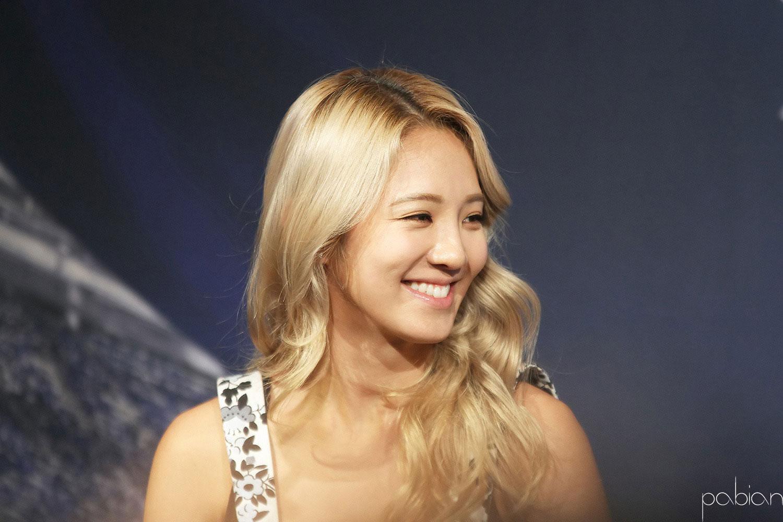 Hyoyeon & Yuri Dancing 9 event