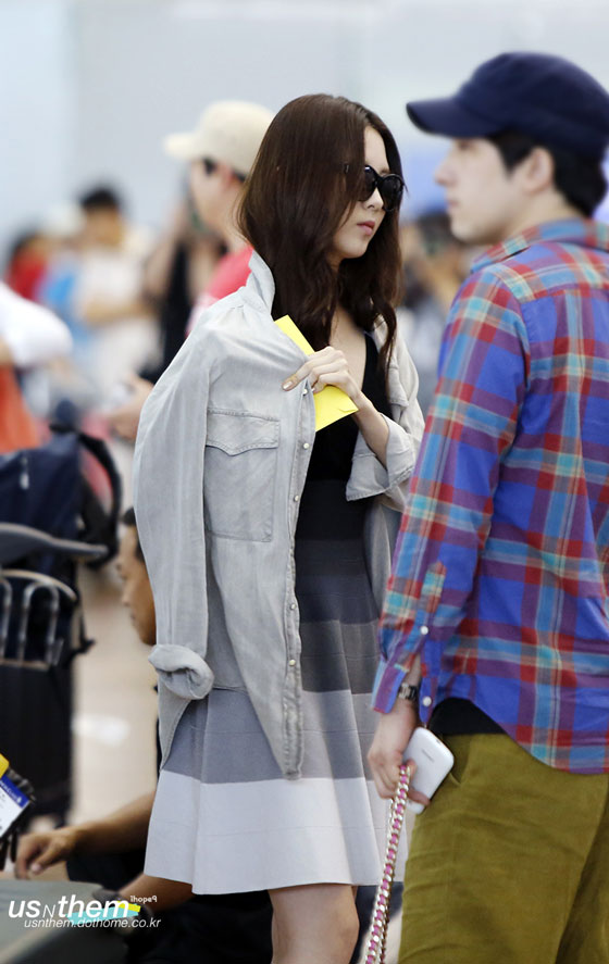 SNSD Seohyun Yuri Incheon Airport to Singapore