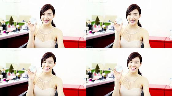 SNSD Tiffany IPKN cosmetics CF