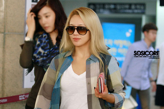 SNSD Hyoyeon Gimpo Airport to Japan