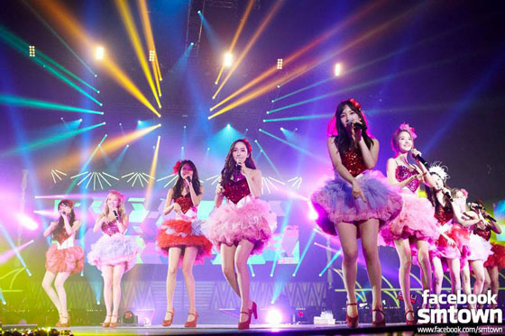 SNSD World Tour 2013 Singapore Facebook