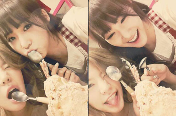 SNSD Tiffany & Sunny ice cream selca
