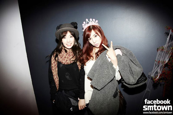 SNSD Taeyeon Tiffany SMTOWN Halloween Party