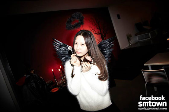 Girls Generation Seohyun SMTOWN Halloween Party