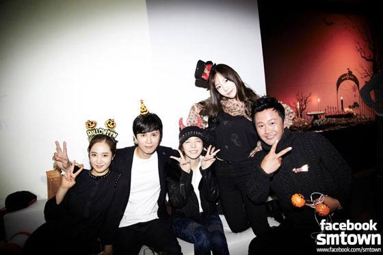 SNSD Taeyeon Sunny SMTOWN Halloween Party