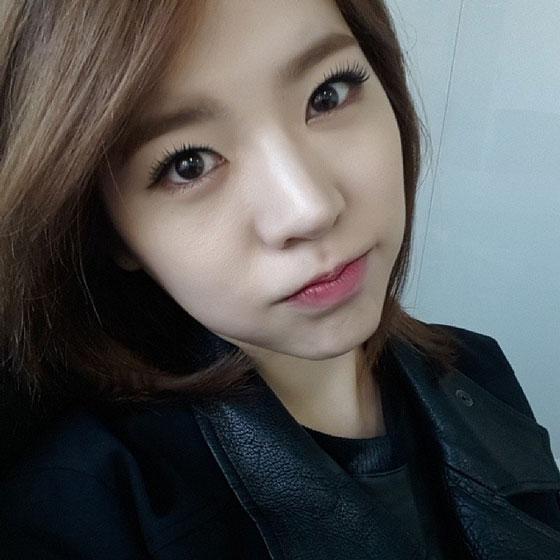 SNSD Sunny November 2013 selca