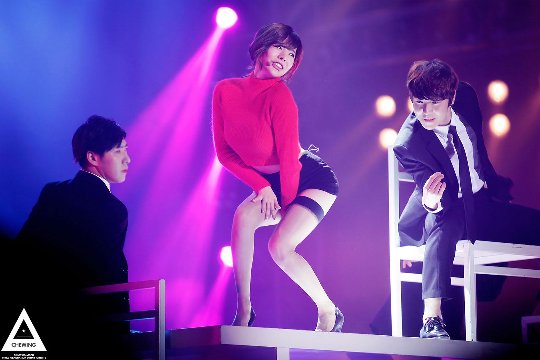 Snsd taeyeon sexy dance - 2 part 5