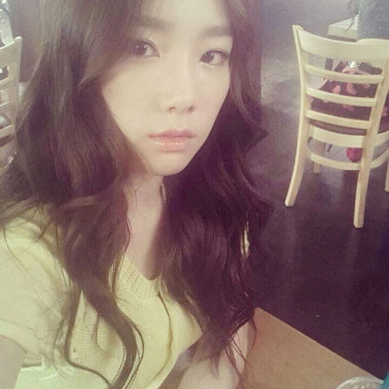 SNSD Taeyeon Instagram selca picture