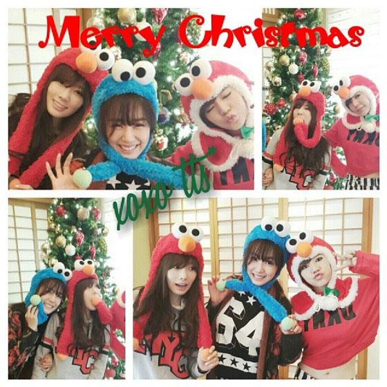 SNSD Universal Studios Japan Christmas selca