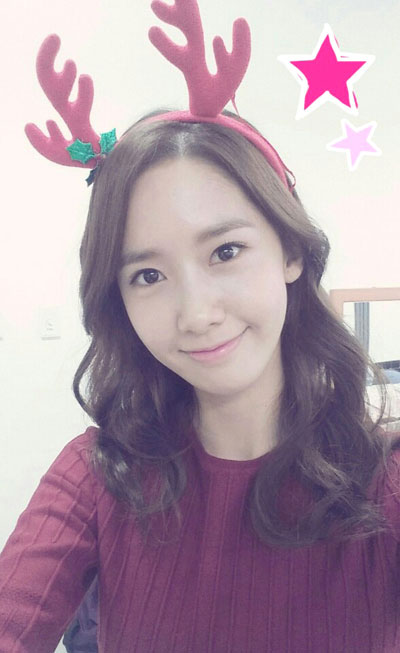 SNSD Yoona Christmas selca 2013
