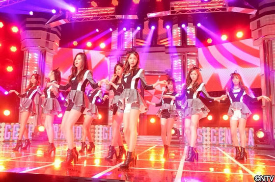 SNSD Japanese Live Monster music show