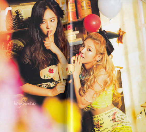 Girls Generation Love Peace Japan album photobook