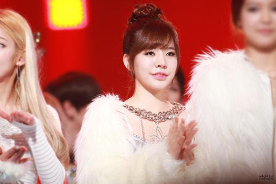 SNSD Sunny MBC Music Festival 2013
