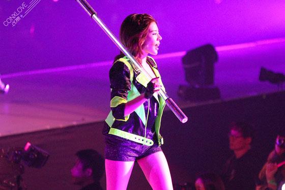 SNSD Sunny World Tour Macau 2014