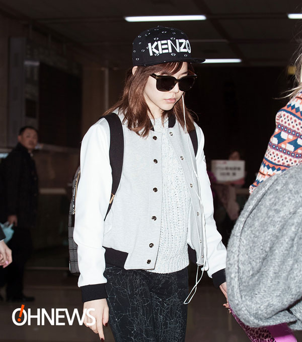 SNSD Sunny Gimpo Airport fashion 140303