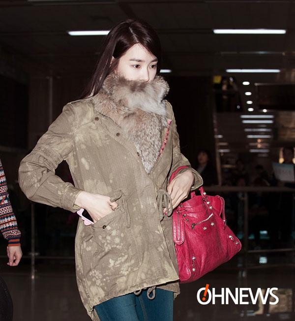 SNSD Tiffany Gimpo Airport fashion 140303