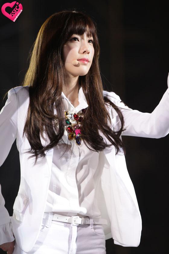 SNSD Taeyeon HEC Korea Festival in Vietnam 2014