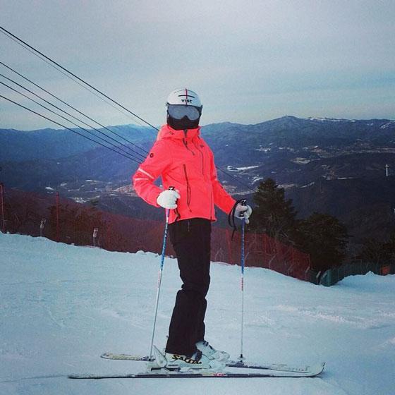 SNSD Hyoyeon skiing February selca