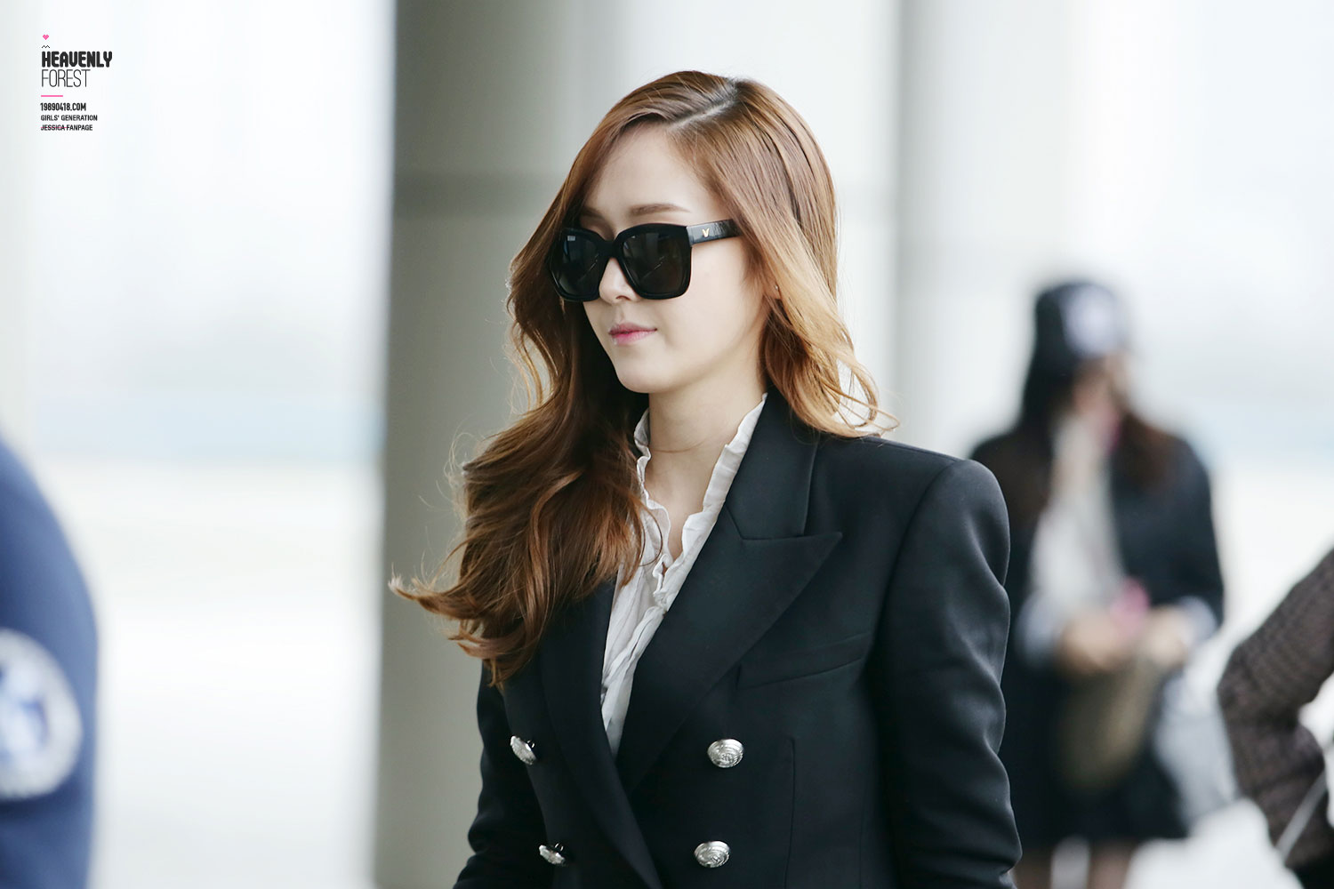 SNSD Jessica MrMr airport style