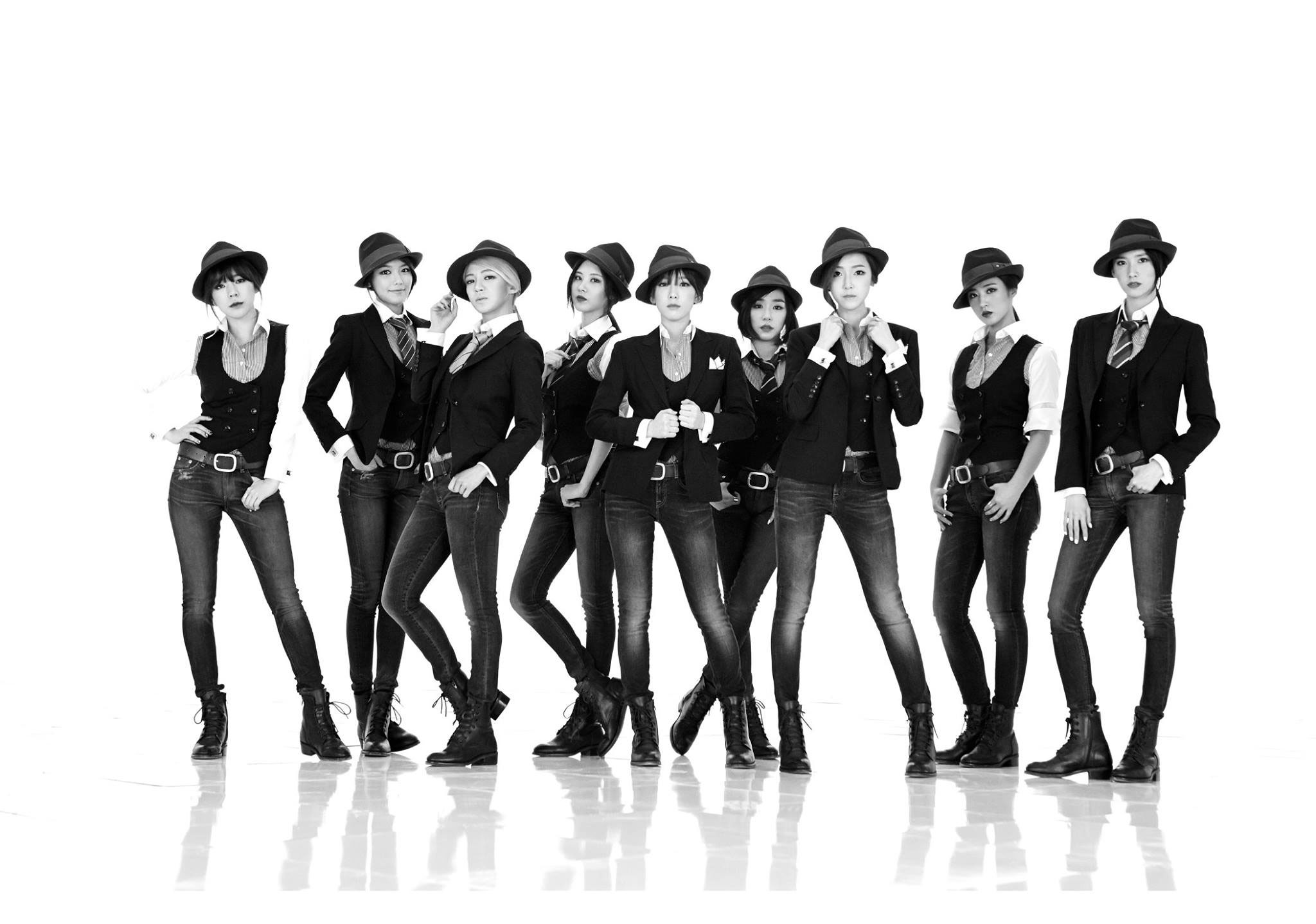 SNSD Mr Mr black white suits concept