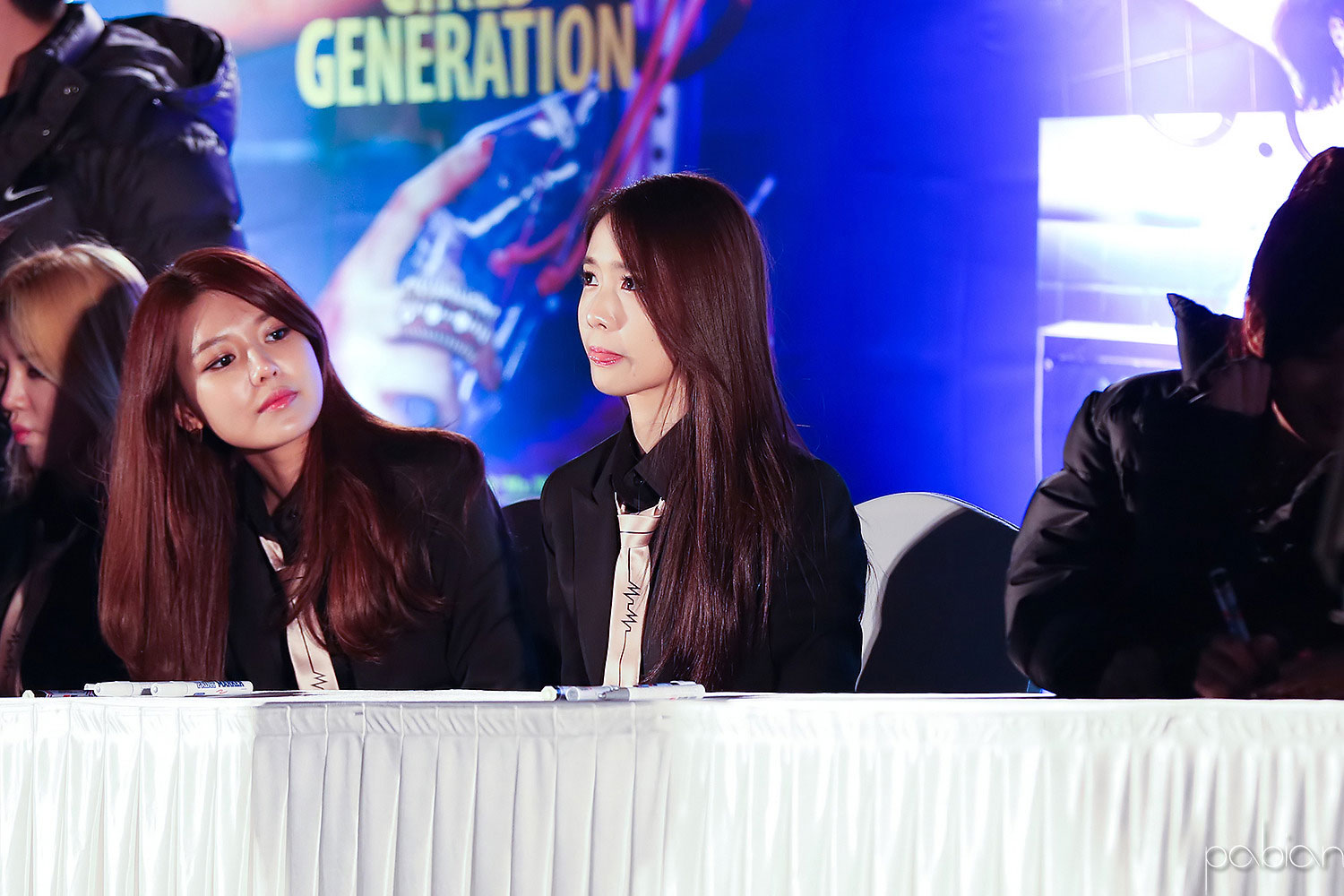 SNSD MrMr Cheonggye Plaza fansign event