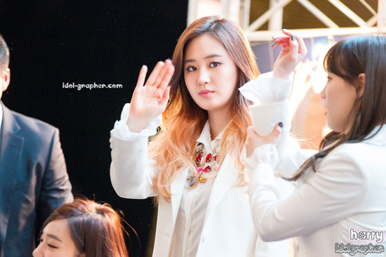 SNSD Yuri MrMr IFC Mall fansign event
