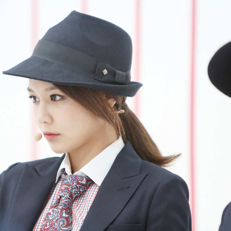SNSD Sooyoung MrMr Mcountdown backstage