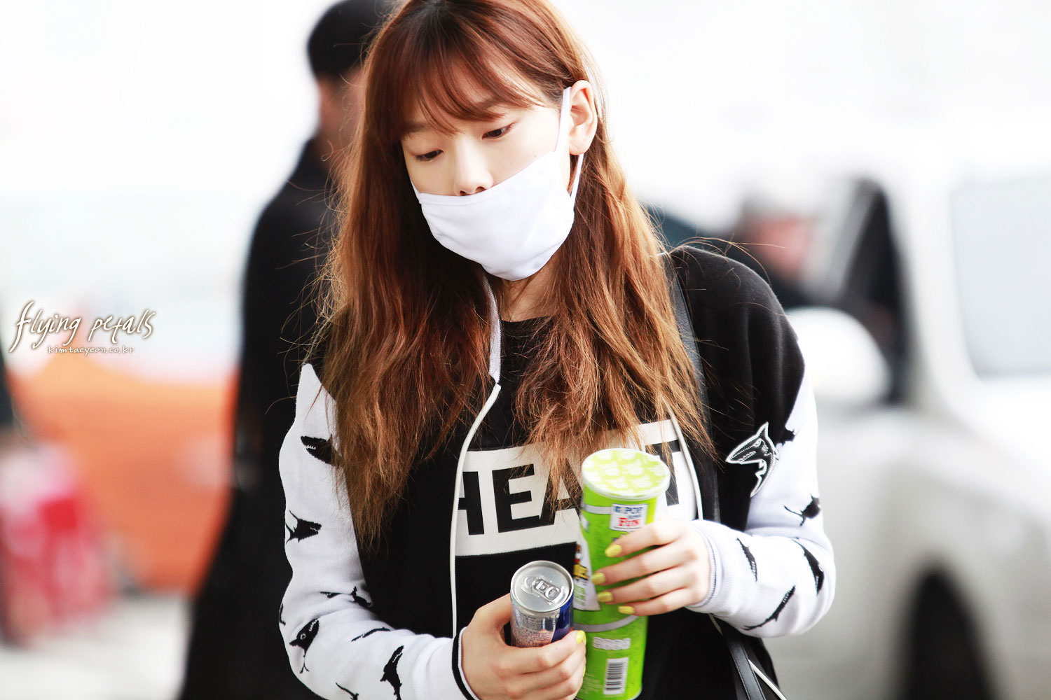 SNSD Taeyeon Gimpo Airport fashion 140301
