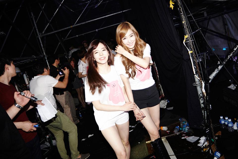 Sunny Tiffany SMTOWN Live World Tour Seoul 2014