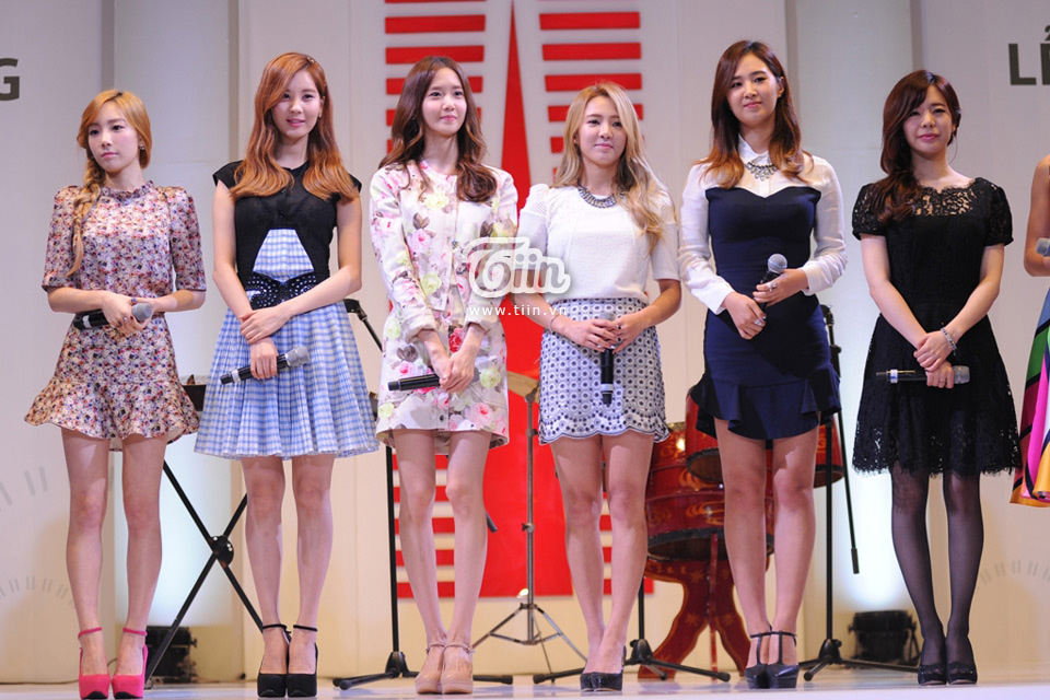 SNSD members Lotte Department Store Vietnam opening