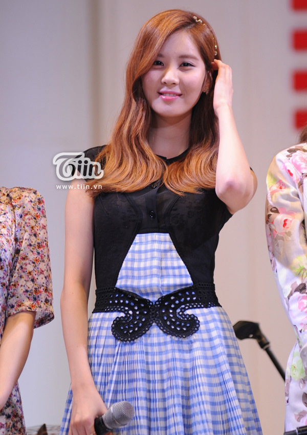 SNSD Seohyun Lotte Department Store Vietnam opening