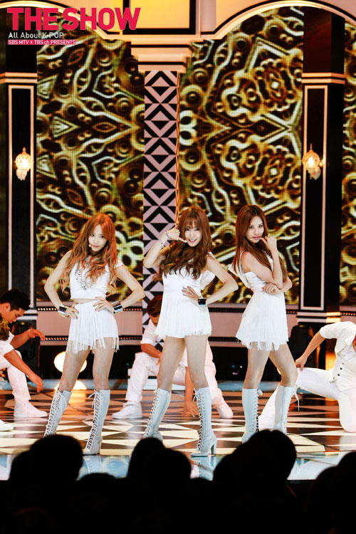 Girls Generation TTS Holler SBS MTV The Show