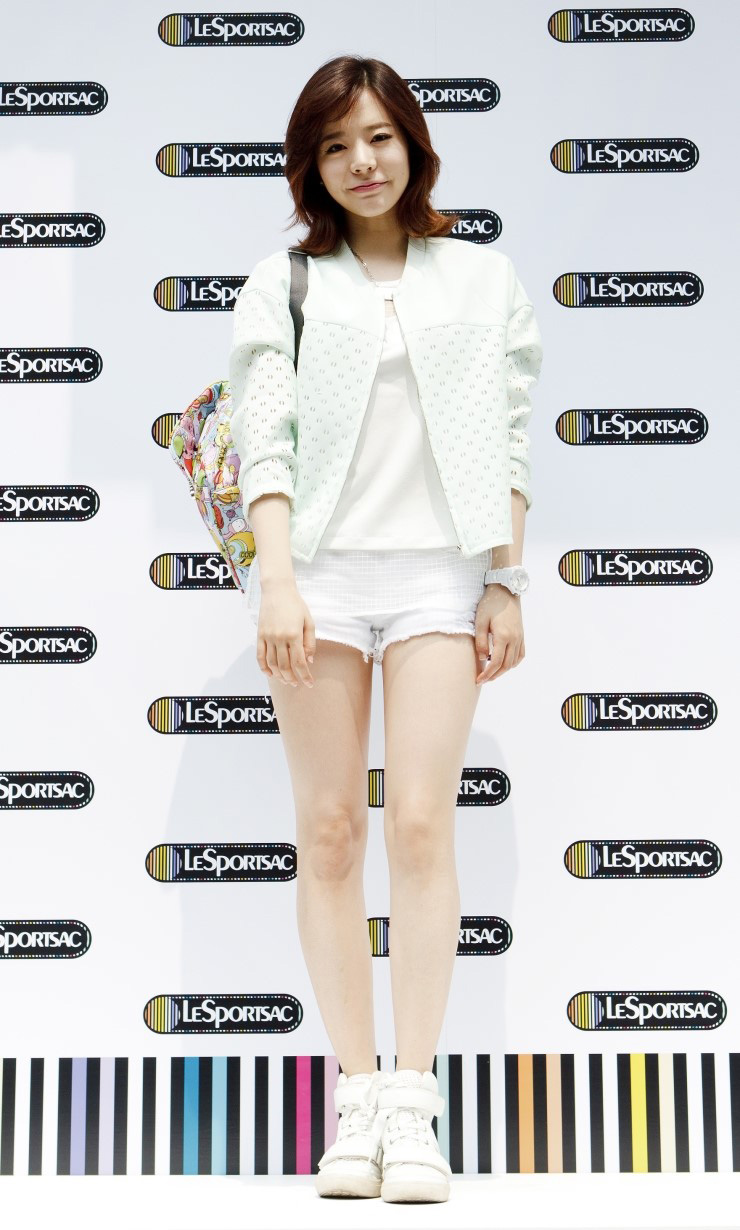 Sunny LeSportsac pop up store