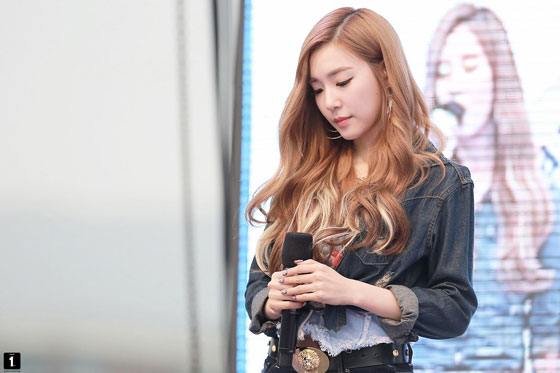 SNSD Tiffany SBS Cultwo Incheon show